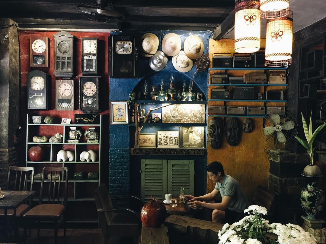 cafes-in-saigon-vietnam